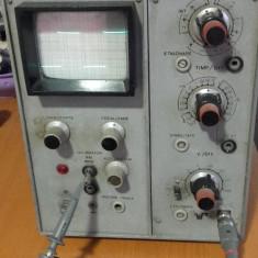 Osciloscop E0102