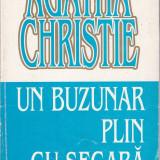 Agatha Christie - Un buzunar plin cu secara - 672865 - Carte de aventura