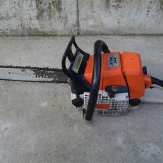 Motofierastrau cu lant (drujba) STIHL 044, 40 cm, 4.2 KW
