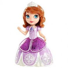 Papusa Printesa Sofia Intai in rochie de bal DGB23 Mattel
