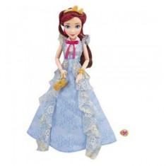 Papusa Disney Descendants in Tinuta de Incoronare Jane Hasbro