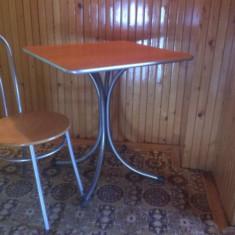 Vand 12 scaune si 6 mese - Masa bucatarie