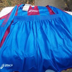 Echipament sportiv - Set echipament fotbal Adidas, Marime: XL