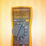 Multimetru fluke 115 - Multimetre
