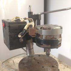 Masina de gaurit fixa pentru mecanica fina